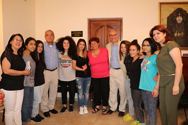 Mer Hooys Board members with older program participants