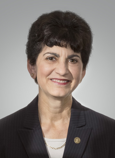 marypapazian.head shot.4-17